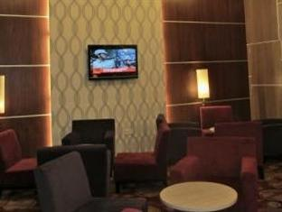 New Regent Hotel - Lobby
