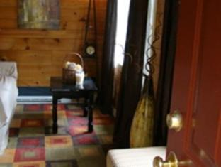 Bay Leaf Cottages & Bistro Lincolnville (ME) - Interior