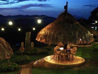Leslie's Palawan Tropical Hotel, Resort and Restaurant Puerto Princesa City - View at Night