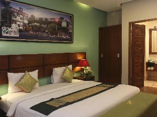 Green Zhurga Suites