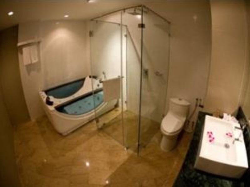 โรงแรมซิลเวอร์วูดส์