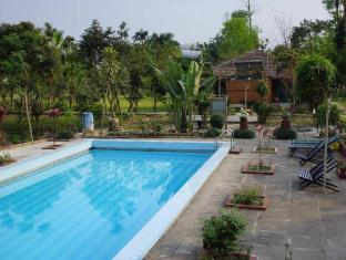 Baghmara Wildlife Resort Parc national de Chitwan - Piscine