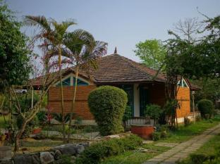 Baghmara Wildlife Resort Chitwan National Park - Cottage