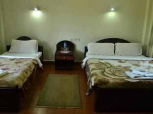 Chitwan Village Resort Chitwan National Park - अतिथि कक्ष