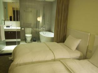 Via Hotel Taipei - Impressive with Bathtub