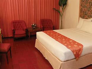 Pardede International Hotel Medan - Gastenkamer