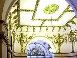 Erzsebet Royal Suite Budapest - Entrance