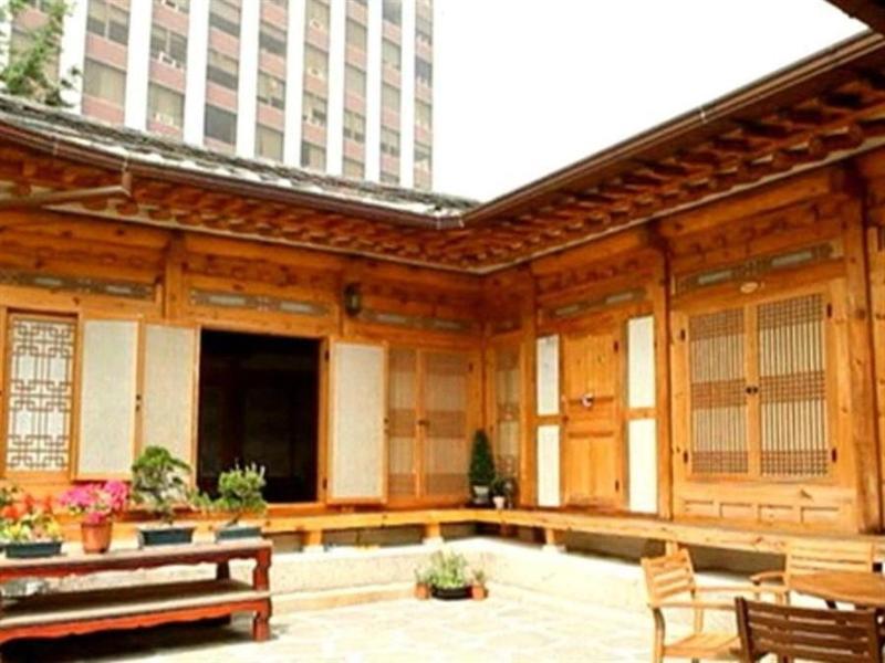 South Korea-문 한옥 게스트하우스 (Moon Hanok Guesthouse)