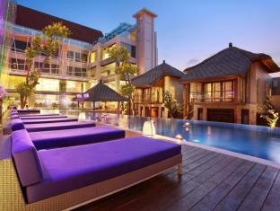 Grand Mega Resort & Spa Bali באלי