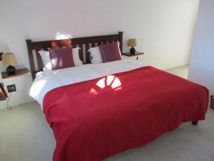 AfricanHome Guesthouse Cape Town - Luxury Double
