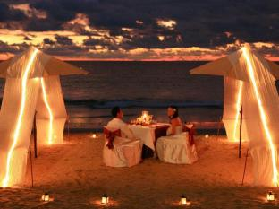 Andaman White Beach Resort Phuket - Romantic Dinner