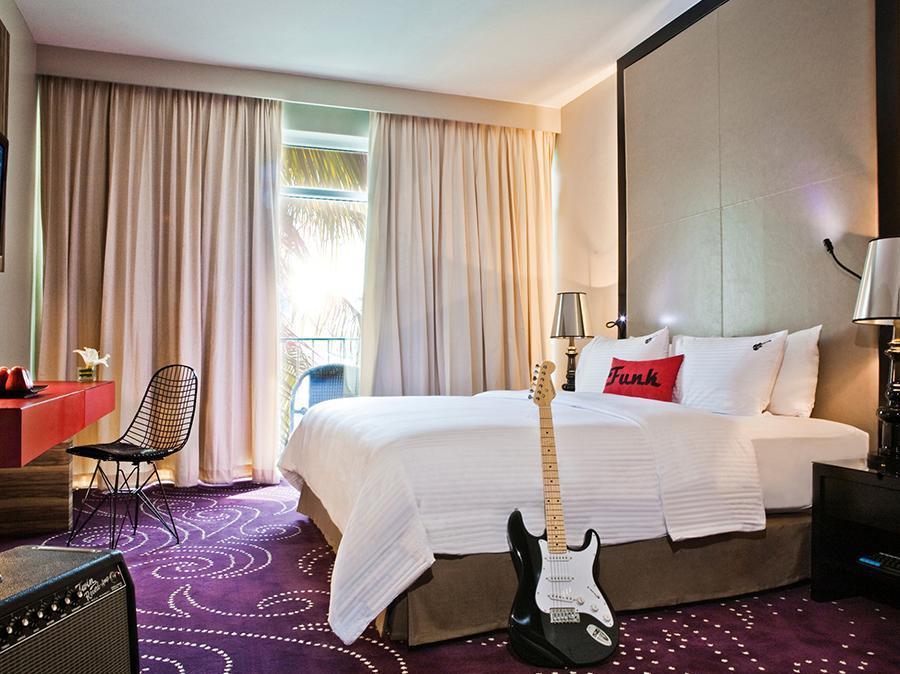 โรงแรมฮาร์ดร็อค พัทยา