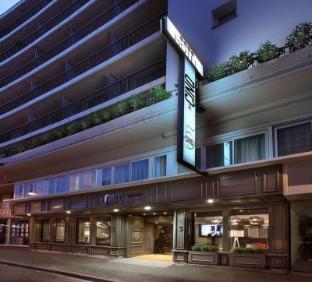 Le Cinq Hotel