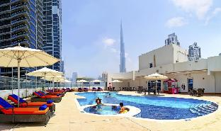 View of the Burj Khalifa from the Swimming Pool