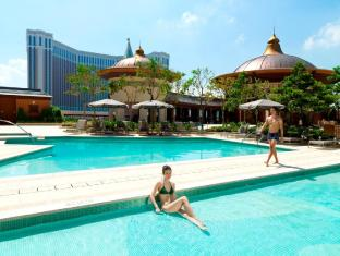 Holiday Inn Macao Cotai Central Macau - Outdoor Swimming Pool