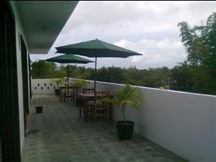 Panglao Palms Apartelle Bohol - Varanda/Terraço