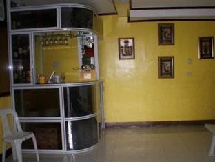 Escarez Pension House Coron - Bar