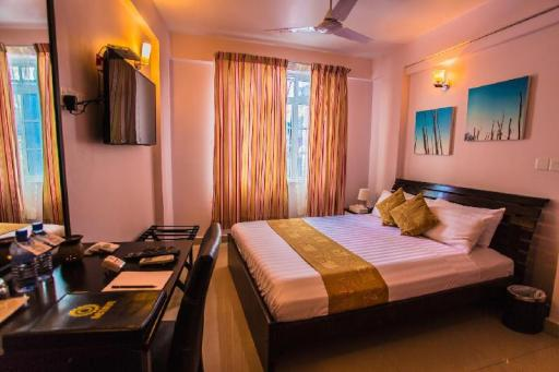 Hotel Octave Maldives hotel accepts paypal in Male City and Airport
