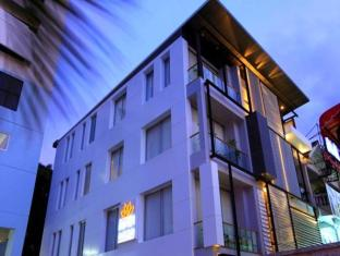 The Belle Hostel Phuket - Exterior