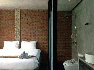 The Belle Hostel Phuket - Superior