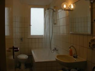 Berlin-Holiday-Apartments Berlin - Bathroom