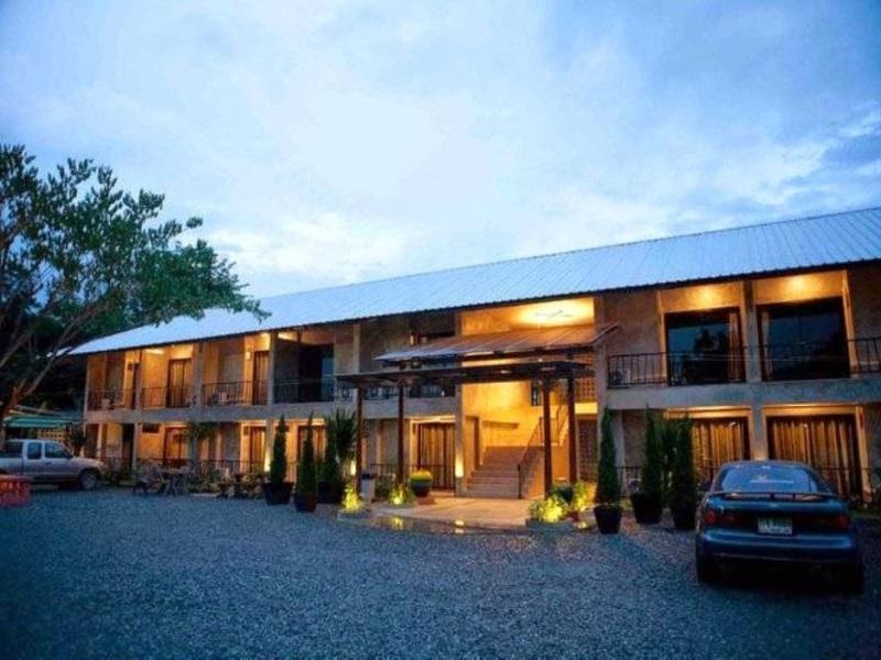 班苏安拉米塔度假村,บ้านสวนรมิตา รีสอร์ท