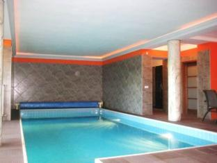 Villa Albert Budapest - Swimming Pool