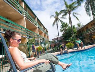 Airlie Beach YHA Whitsunday Islands - bazen