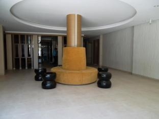 Honey Lodge Pattaya - Lobby