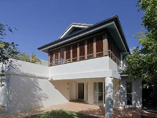Hotell Clarkes Beach Villa  i Byron Bay, Australien