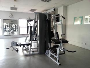 Malaysia Hotel Accommodation Cheap | Marina Court Vacation Home Kota Kinabalu - Fitness Room