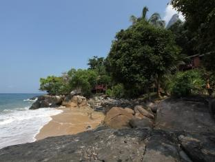 Tanjong Inn Tioman Island - Private Beach
