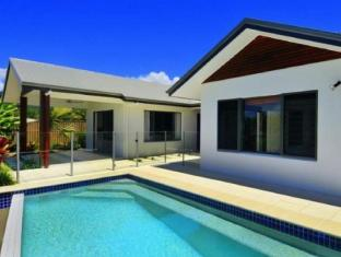 The Boutique Collection - 9 Cascade House - Luxury Holiday House