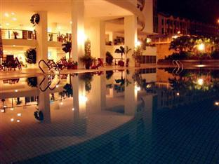 Regency Home Penang - Swimming Pool