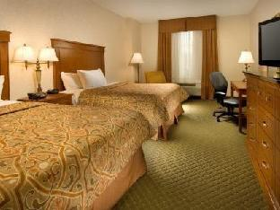 Best PayPal Hotel in ➦ Arnold (MO): Pear Tree Inn Arnold
