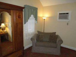 Kearsarge Inn North Conway (NH) - Suite Room