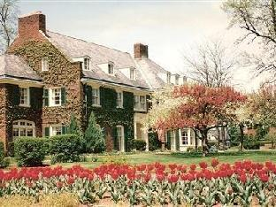 Montague Inn Bed And Breakfast