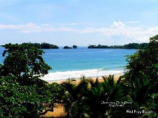 trivago Red Frog Beach Resort and Marina