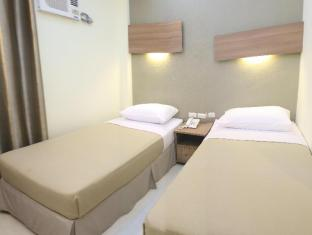 The Center Suites Cebu - Guest Room