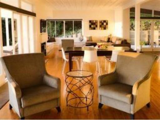 Tahapuke PayPal Hotel Russell