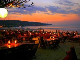 Coco de Heaven Hotel Bali - Nearby Restaurant