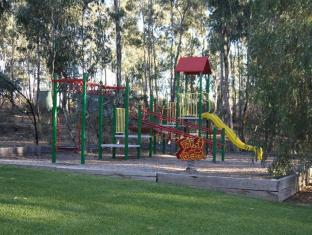 A Line Holiday Village Bendigo - Playground