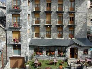加布里酒店
