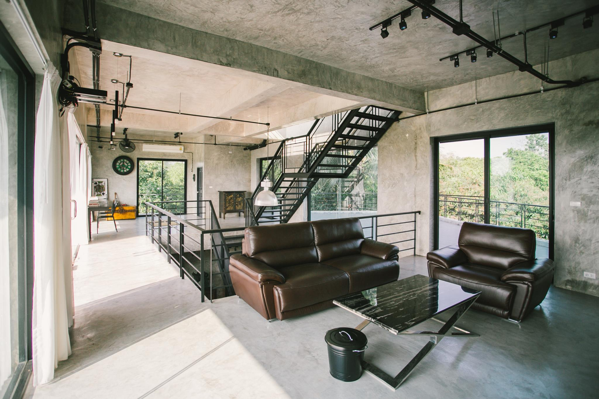 ,Chiangmai Luxury Loft 3BR Mansion-MOGO