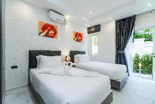 %name Luxury Pool Villa 54 / 4 BR 8 10 Persons พัทยา