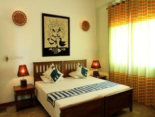 Blue Elephant Tourist Guest House Negombo - Standard Air Con