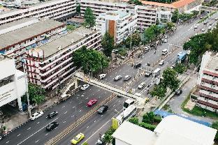Phayathai Road