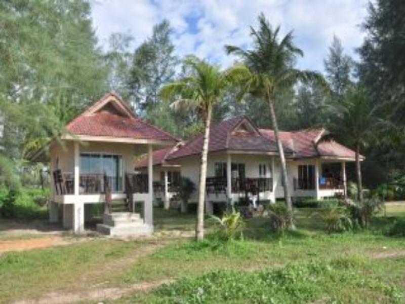 普拉尼海滩酒店,ปราณี บีช บังกะโล
