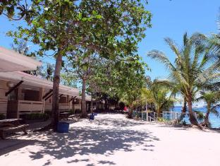 BlueFins Resort Mactan Island - Exterior do Hotel