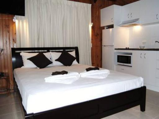 Airlie Beach Apartments PayPal Hotel Whitsundays
